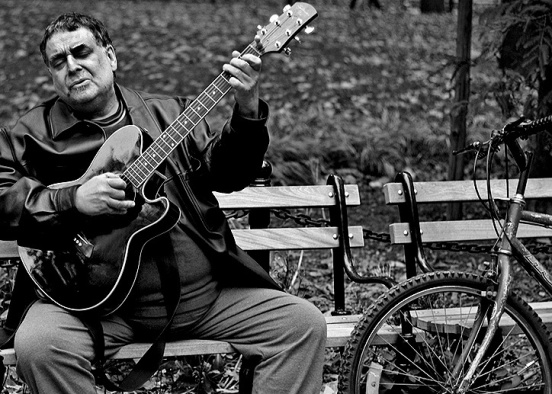 M8BluesMan1Crop